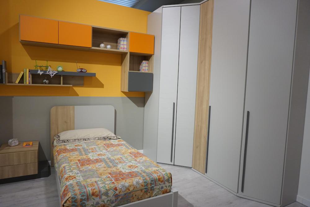 Cameretta con cabina armadio a Lecco, Monza, Milano e Bergamo